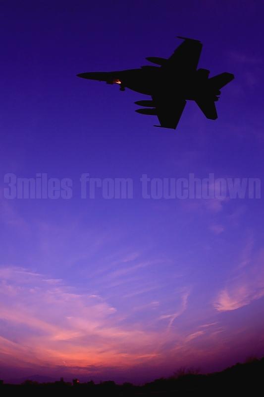 厚木基地のF-18ホーネット 空母キティホークでのCQ(着艦資格訓練)