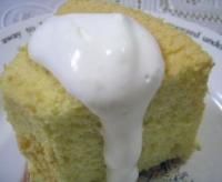 クリームをつけて★いただきます(^v^)シフォンケーキ