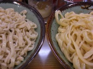 08062912鶏塩&ウニ・麺比較