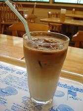 アイスカフェオレ(氷コーヒー)
