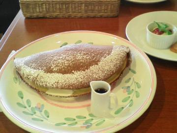 オムレツかパンケーキか