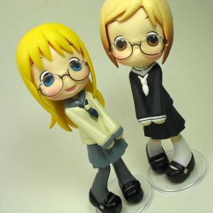 アナ&茉莉(制服・眼鏡っこ)