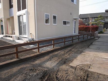 G様 外構工事 12 レッドシダーな木柵。