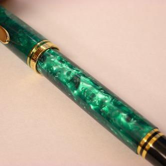 M320 グリーン 軸色 明るいね