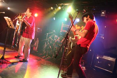 上野バンド