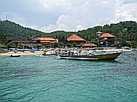 バタンバイの青い海