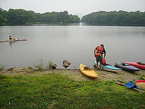 猪苗代湖でのカヌーイング