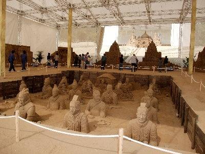 砂の美術館 001