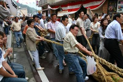 菖蒲綱引き