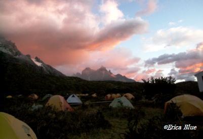 キャンプの朝ひとり