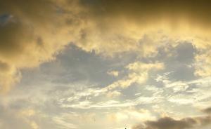 夕暮れ夏雲