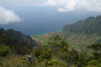 居のKalalau Valley