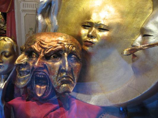 カーニバルの仮面たち2