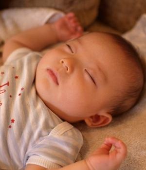 眠るTsubaki