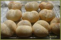 はちみつ入りの白いパン