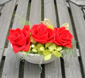 赤いバラ3輪