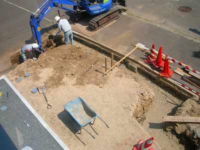 東側の掘削