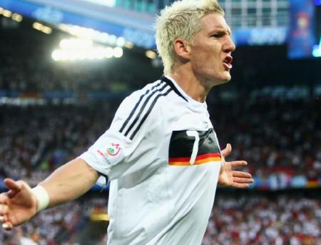 ドイツ先制!