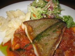 本日のランチ(お魚)「赤ガレイのムニエル ラタトゥイユ添え」