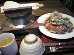おすすめの釜飯とソーセージセット 1,200円