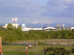 山を眺めながらパークゴルフ(^^)