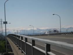 秋月橋から見える山