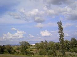 フワフワと空に島が浮かんでいるようです♪