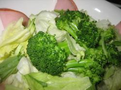 サラダももちろん北海道産の野菜(^^)V