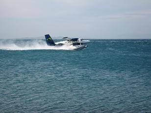 水上離着陸機の飛び立つ瞬間1