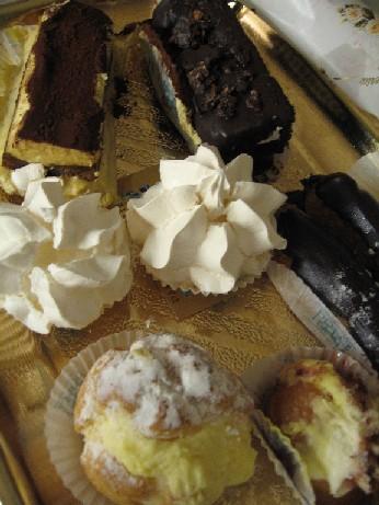 ナフパクトにある、本場イタリアンなケーキ屋さんのケーキ