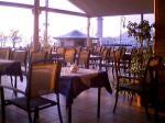 シオスカラのレストラン、外の席