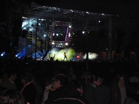 サキス・ルヴァスが、パトラスのヨルギウー広場で野外コンサート!