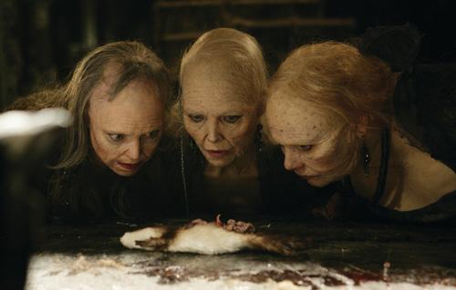 哀れな3姉妹