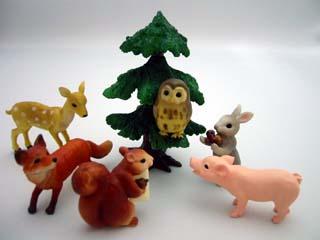 やさしい森の動物たち