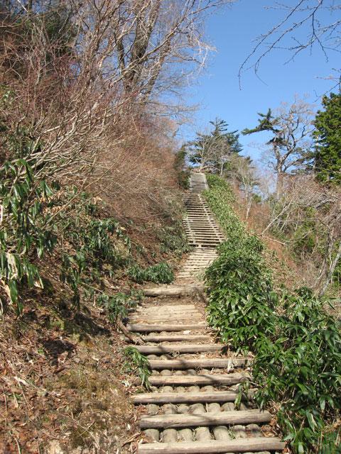 長い階段を