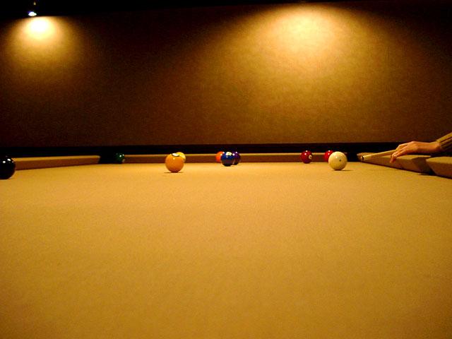 billiard_001_640_480.jpg