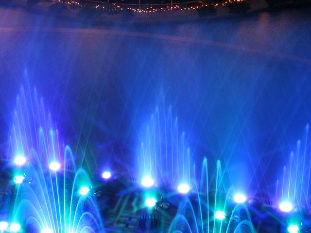 fountain_640_480_09.jpg