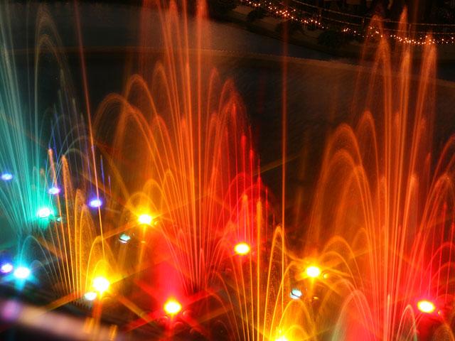 fountain_640_480_10.jpg