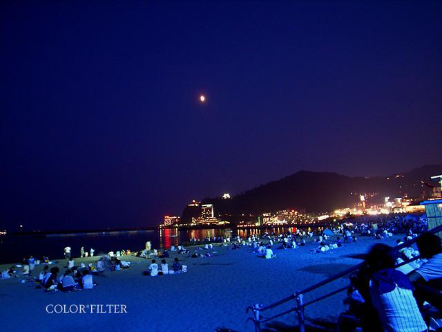 夏の熱海の夜