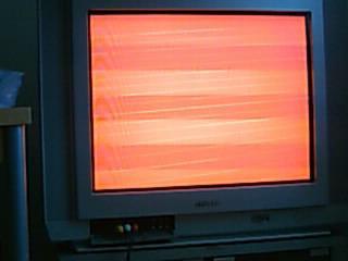 壊れテレビ
