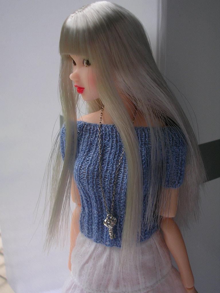 Tin Girl6