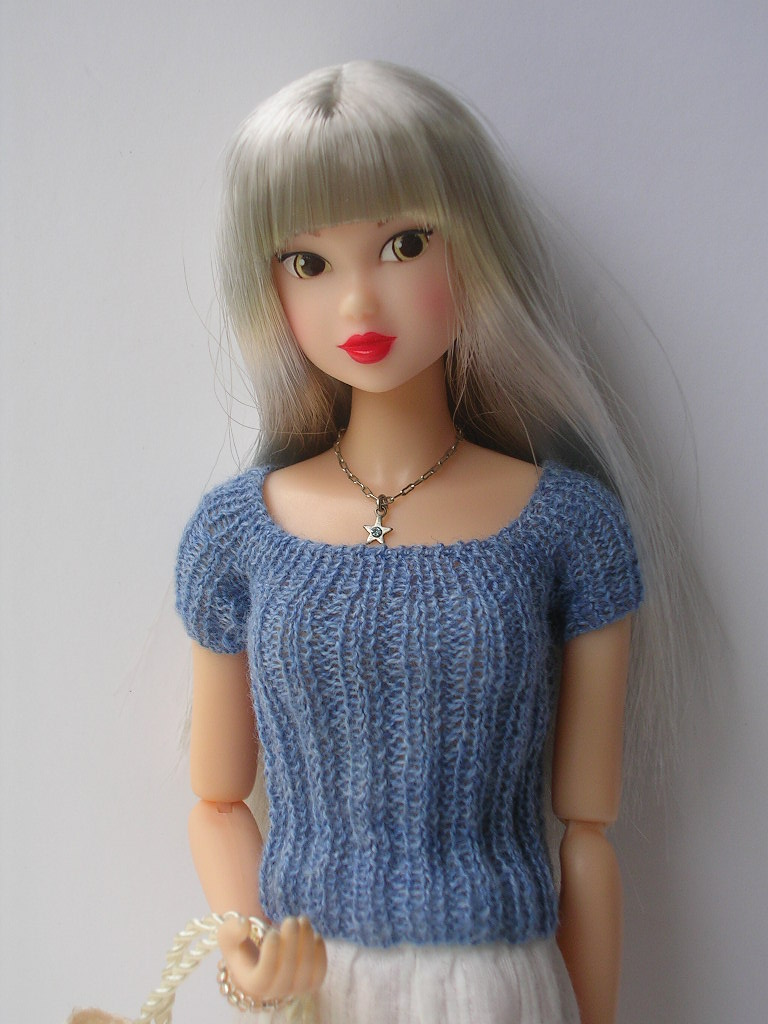 Tin Girl9