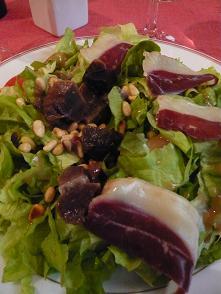 フォアグラのお店のサラダ