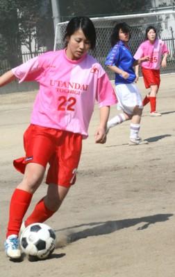 女子サッカー.2