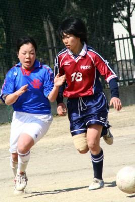 女子サッカー.4