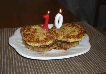 10歳バースデーハンバーグケーキ