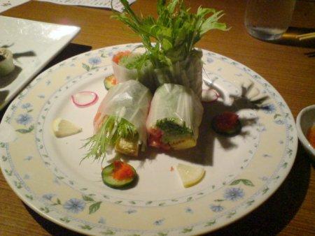 生ハムと野菜のライスペーパー巻き