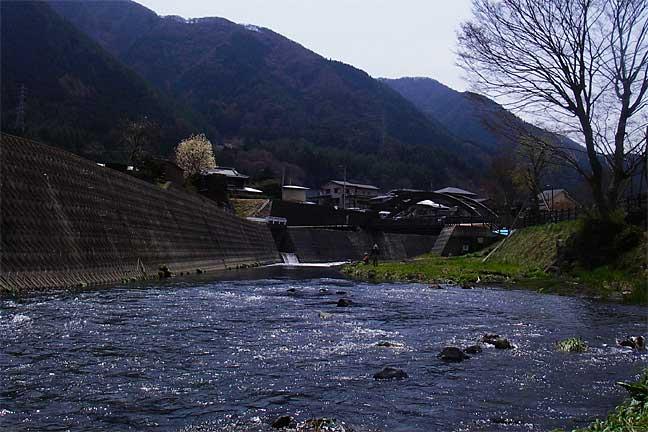 桂川有名プール上流側