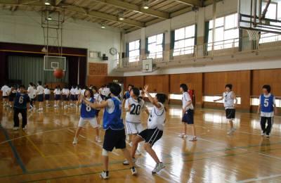 バスケットの練習