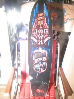 Dog Town Matt Archbold 37゛×9.25゛ 1